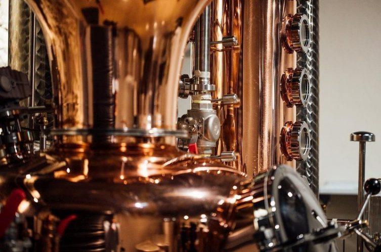 Irish Whiskey Magazine - Copeland Distillery - Pot Stills