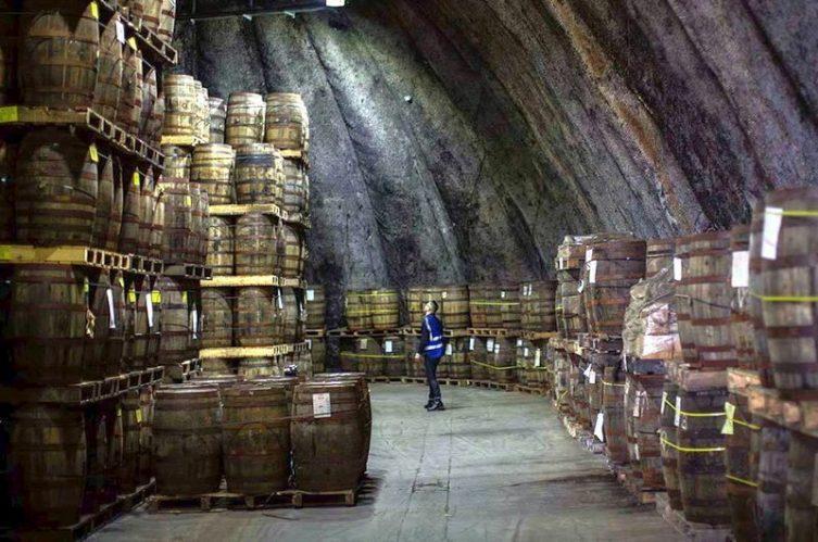 Irish Whiskey Magazine - Kilbeggan Distillery - Cask Storage
