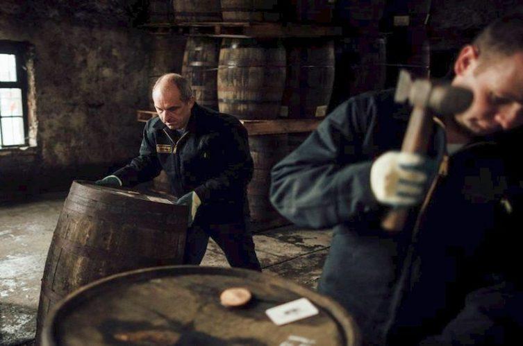 Irish Whiskey Magazine - Kilbeggan Distillery - Coopers at work