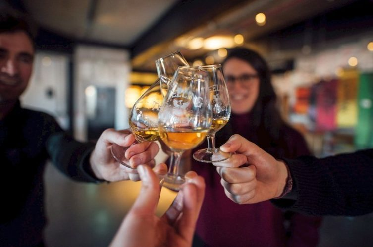 Irish Whiskey Magazine - Teeling Whiskey Distillery - Teeling cheers