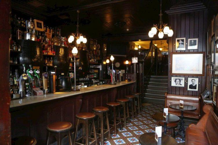 Irish Whiskey Magazine - Whiskey Bars - Blakes of the Hollow 3