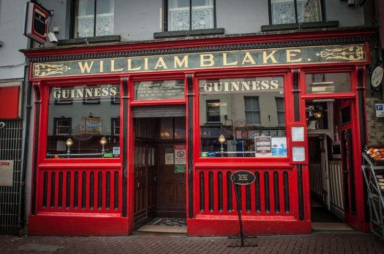 Irish Whiskey Magazine - Whiskey Bars - Blakes of the Hollow 4