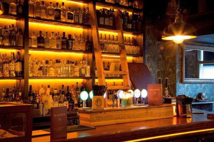 Irish Whiskey Magazine - Whiskey Bars - Davy Mac's Bar 2
