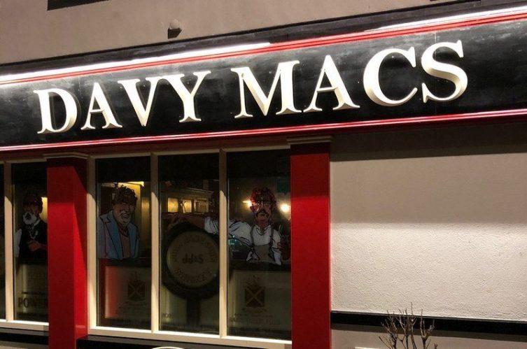 Irish Whiskey Magazine - Whiskey Bars - Davy Mac's Bar 3