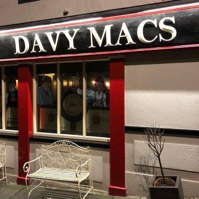 Davy Mac's Bar