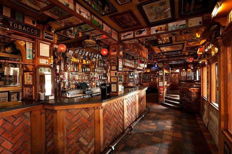 Irish Whiskey Magazine - Whiskey Bars - Duke of York 3