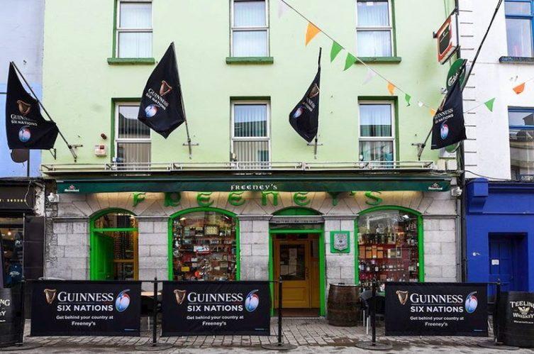 Irish Whiskey Magazine - Whiskey Bars - Freeneys (1)