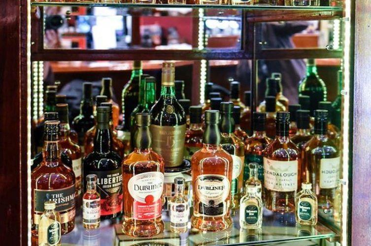 Irish Whiskey Magazine - Whiskey Bars - Freeneys (3)