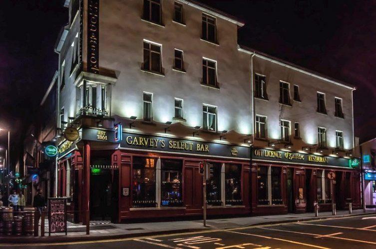 Irish Whiskey Magazine - Whiskey Bars - Garveys (3)
