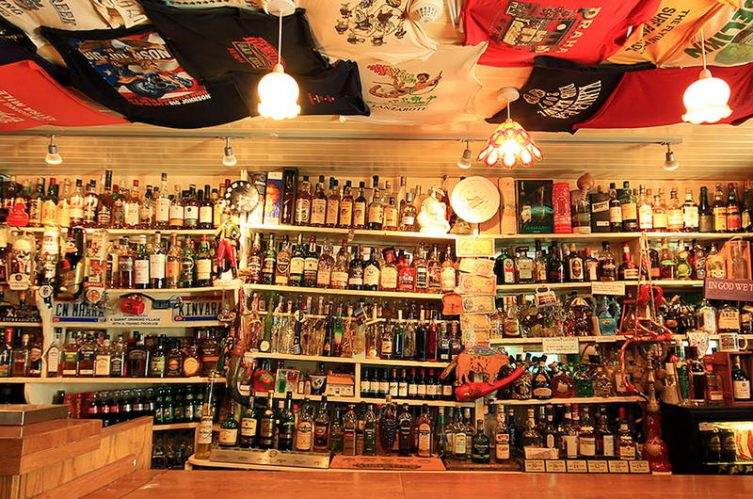 Irish Whiskey Magazine - Whiskey Bars - Green's Bar 2