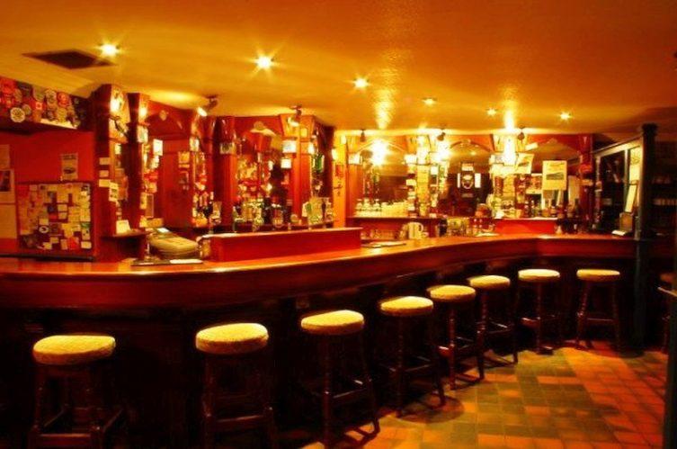 Irish Whiskey Magazine - Whiskey Bars - John Benny's Pub 4