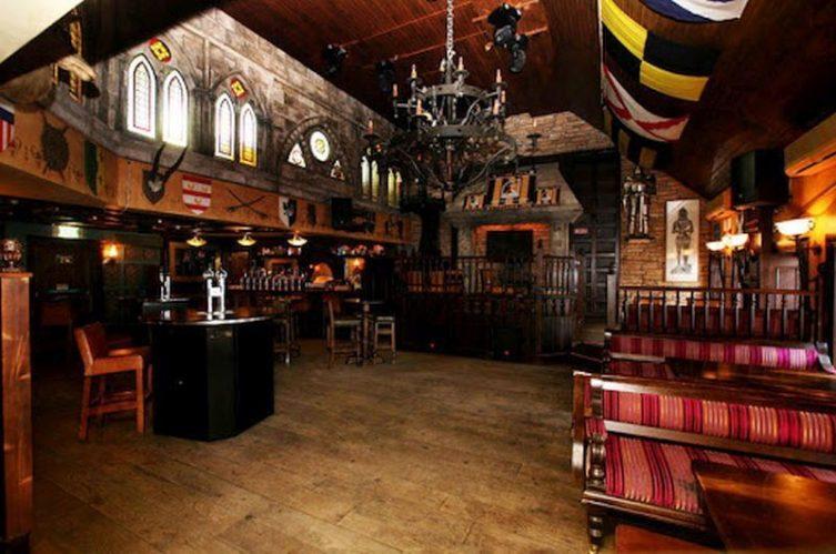 Irish Whiskey Magazine - Whiskey Bars - Kytelers Inn 3