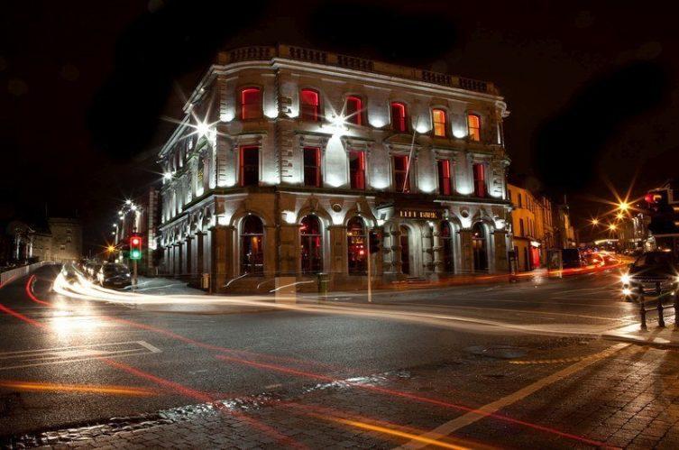 Irish Whiskey Magazine - Whiskey Bars - Left Bank (2)