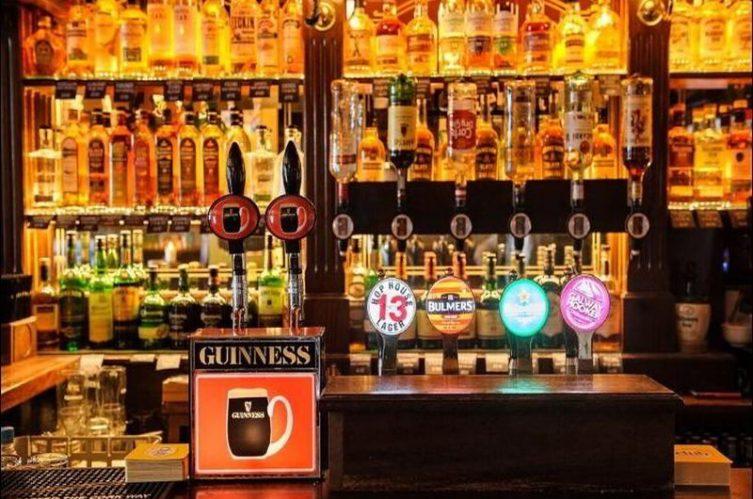 Irish Whiskey Magazine - Whiskey Bars - Lowrys Music & Whiskey Bar 3