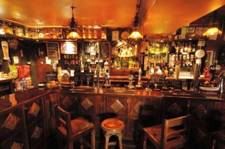 Irish Whiskey Magazine - Whiskey Bars - Malt Lane Whiskey Bar 2