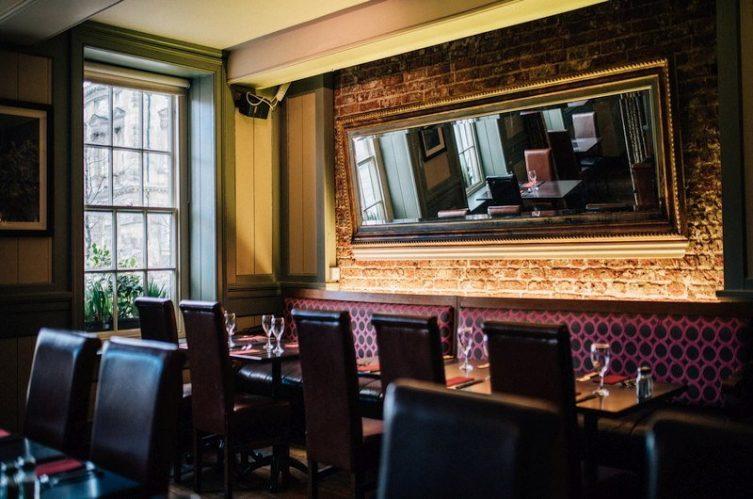 Irish Whiskey Magazine - Whiskey Bars - McHugh's Bar 3