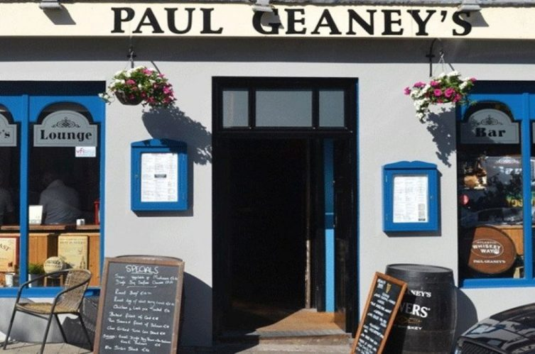 Irish Whiskey Magazine - Whiskey Bars - Paul Geaney's Bar 2