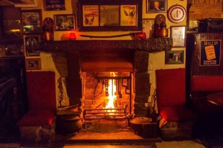Irish Whiskey Magazine - Whiskey Bars - Sean's Bar 2