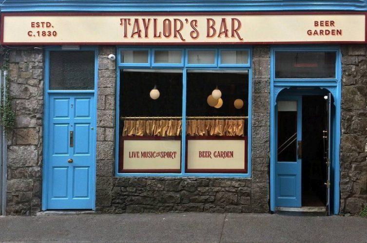 Irish Whiskey Magazine - Whiskey Bars - Taylors Bar (2)