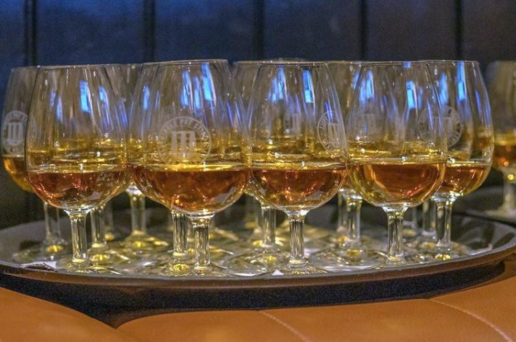 Irish Whiskey Magazine - Whiskey Bars - Taylors Bar (4)