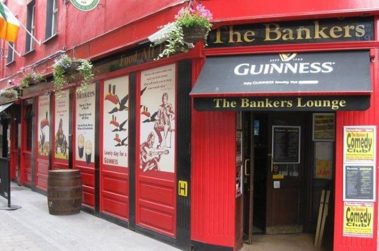 Irish Whiskey Magazine - Whiskey Bars - The Bankers Bar (1)