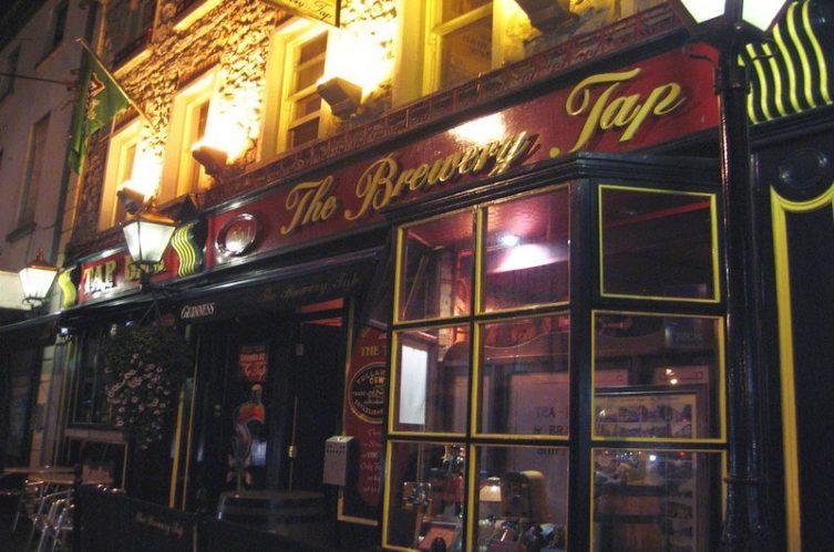 Irish Whiskey Magazine - Whiskey Bars - The Brewery Tap 2