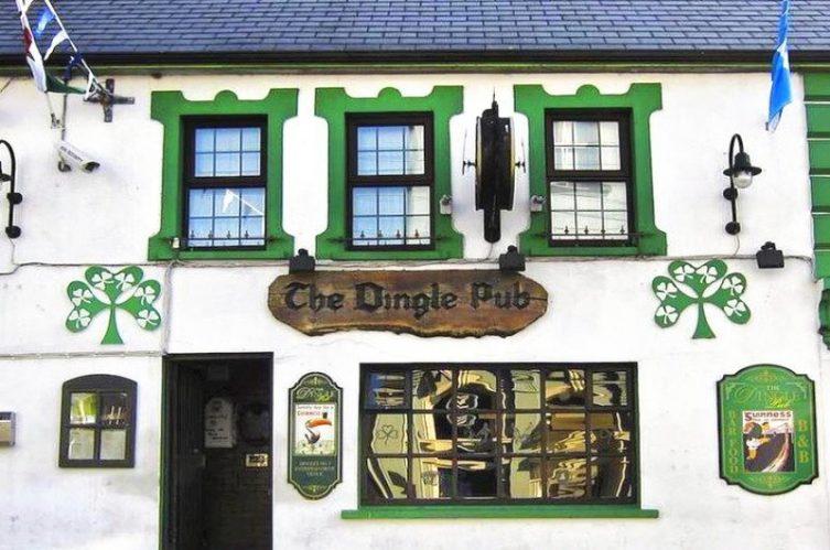 Irish Whiskey Magazine - Whiskey Bars - The Dingle Pub 2
