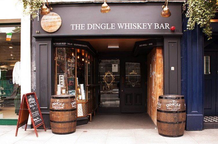 Irish Whiskey Magazine - Whiskey Bars - The Dingle Whiskey Bar (4)