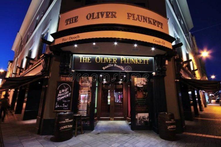 Irish Whiskey Magazine - Whiskey Bars - The Oliver Plunkett 4