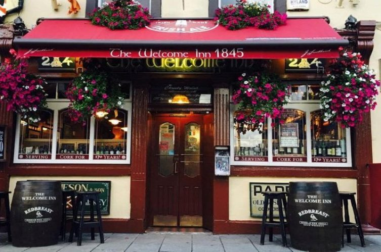 Irish Whiskey Magazine - Whiskey Bars - The Welcome Inn Cork 3