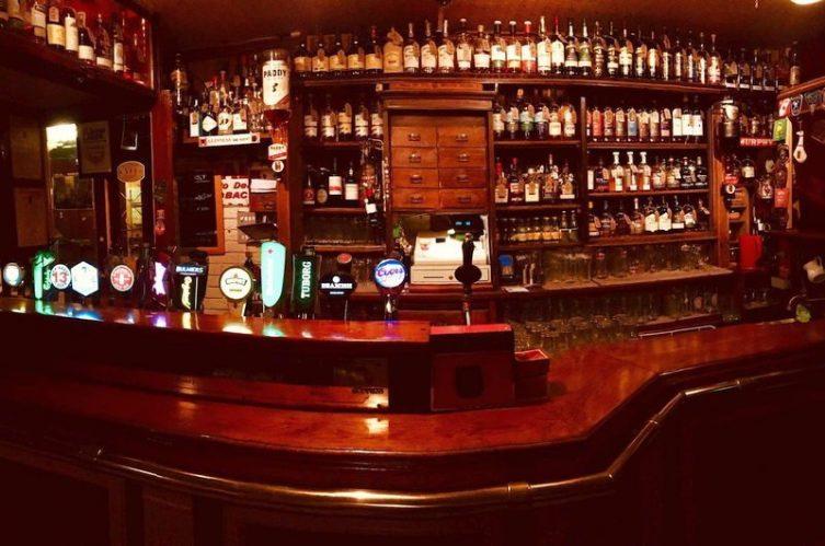 Irish Whiskey Magazine - Whiskey Bars - The Welcome Inn Cork 4