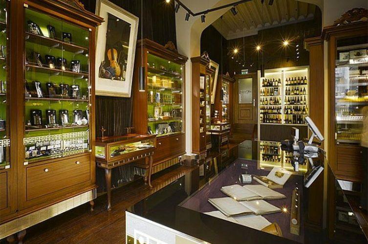 Irish Whiskey Magazine - Whiskey Shops - James Fox Whiskey Shop 4