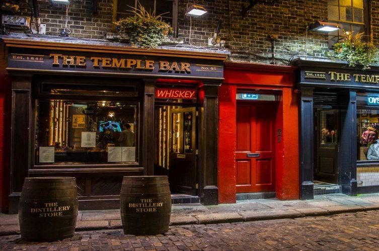 Irish Whiskey Magazine - Whiskey Shops - Temple Bar Distillery Store 2